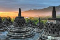 dawn-at-borobudur-can